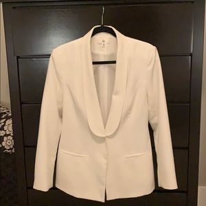 White Missguided blazer size 8